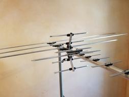 250 Mile Long Range HDTV1080p Outdoor Indoor TV Antenna Digi